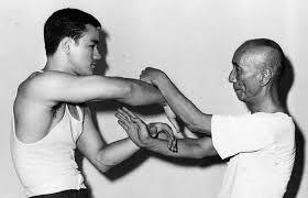 Transliteración del Wing Chun al Ving Tsun